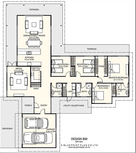 shaped plan   bedrooms floorplans pinterest