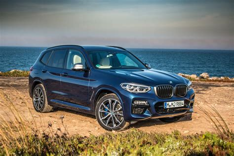 Bmw X3 Picture by 2018 Bmw X3 Aims For The Small Luxury Suv Crown Roadshow