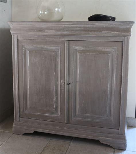 teindre un meuble deja teint peindre un meuble en merisier peintures et enduits naturelles et 224 l ancienne