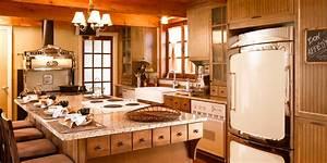Au travers des epoques cuisine bois merisier granit for Idee deco cuisine avec meuble tv bois massif