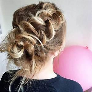 Chignon Demoiselle D Honneur Mariage : 35 magnifiques coiffures pour demoiselles d 39 honneur coiffure simple et facile ~ Melissatoandfro.com Idées de Décoration