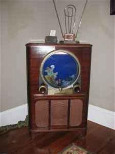images   tv aquarium  pinterest