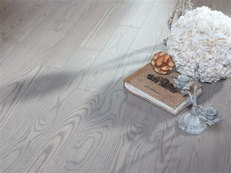 Ash Silvery   matte lacquer hardwood flooring