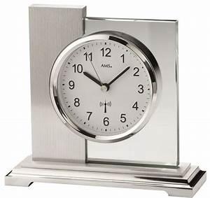 Wohnzimmer Uhren Stehend : die besten 25 wohnzimmer uhren ideen auf pinterest wohnzimmer wanduhren wanduhren wohnzimmer ~ Indierocktalk.com Haus und Dekorationen