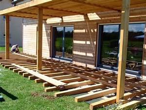 Que Mettre Sur Le Toit D Une Pergola : terrasse m l ze construction d 39 une maison ossature bois bioclimatique ~ Melissatoandfro.com Idées de Décoration