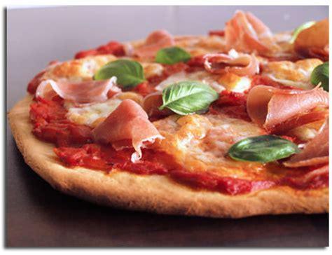 p 226 te 224 pizza maison les conseils d alba pezone pour la r 233 ussir 171 cookismo recettes saines