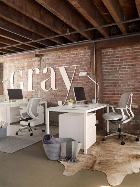 Rustic And Industrial Home Office: Treatment And