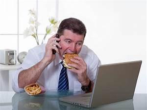 Unhealthy Office Habits Make You Fat - Boldsky.com