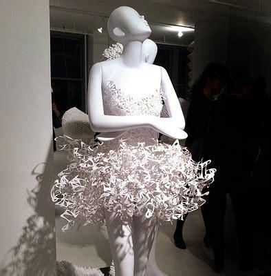 madison muse pratt paper fashion  display