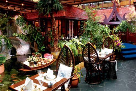restaurant cuisine du monde restaurant insolite à ambiance jungle et forêt vierge