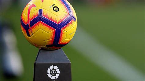 أعلنت رابطة الدوري الإسباني لكرة القدم لاليغا اليوم الخميس أن المحكمة الابتدائية رقم 67 في العاصمة الإسبانية مدريد، رفضت بشكل تام دعوى قضائية رفعها نادي ريال مدريد ضد. جدول مباريات الدوري الإسباني القادمة بعد انتهاء التوقف | كورة 365