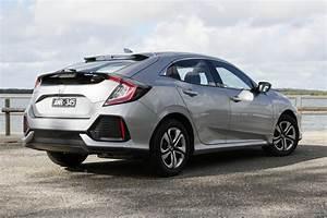 2017 Honda Civic Hatchback User Manual
