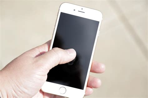 how to sanitize phone 5 ways to remove bacteria from your cell phone hgtv s