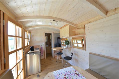 haus auf rädern gebraucht tiny houses leben im tiny house zirkuswagen