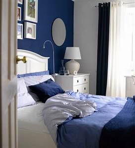 1001 idees pour une deco maison couleur indigo With deco mur chambre adulte