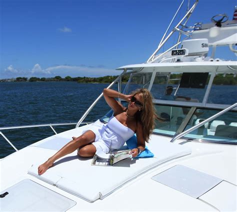 Boat Lounge Cushions by Seavee Boats