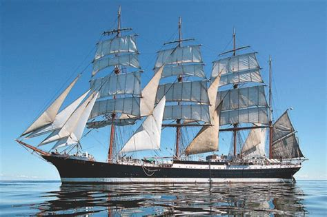 Biggest Pirate Ships In The World by Barque Sedov World S Largest Sailing Ship Returns To Sea