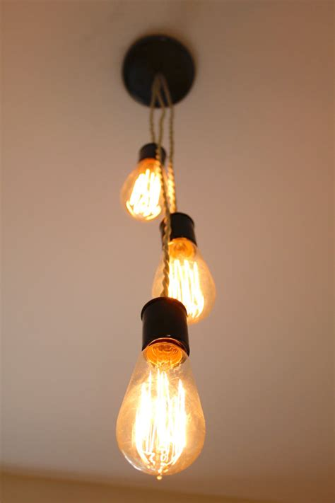 edison bulb light fixture with twisted fabric wire
