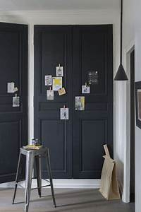 les 25 meilleures idees de la categorie portes noires sur With couleur de peinture pour une entree 9 dressing pour votre chambre portes de placard pour chambre