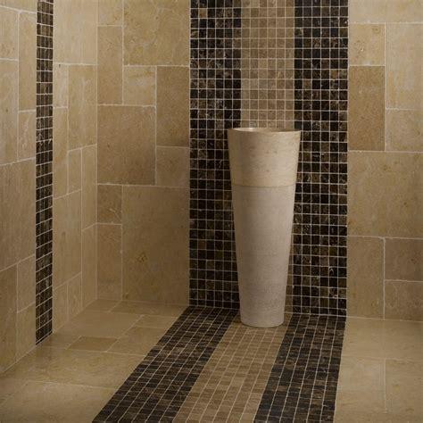 calcaire carrelage salle de bain azulejos travertino 75 ideas de para suelos y paredes