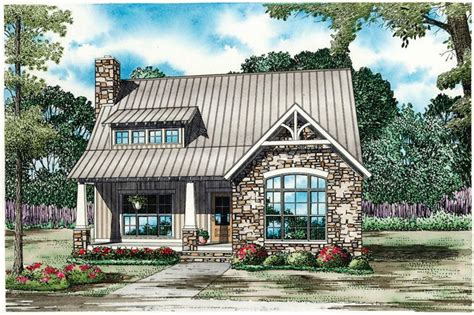 traditional  bedroom cottage house plan  story  bath