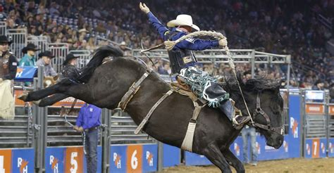 saddle bronc rider jacobs crawley wins  straight super