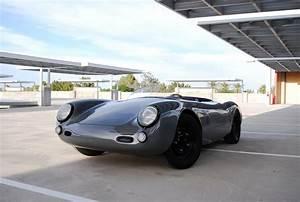 Porsche Spyder 550 : you won 39 t care that this porsche 550 spyder outlaw is a replica carscoops ~ Medecine-chirurgie-esthetiques.com Avis de Voitures