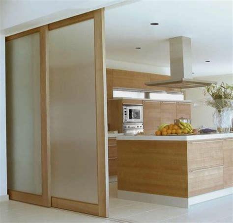portes coulissantes cuisine porte coulissante pour cuisine ouverte cuisine en image
