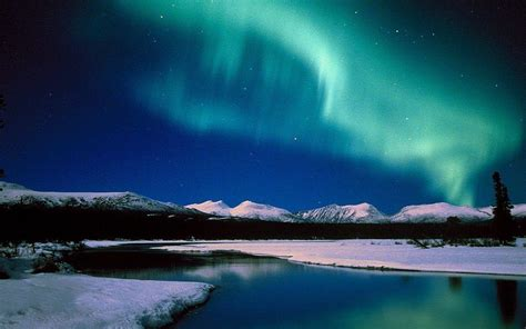 northern lights in alaska northern lights backgrounds wallpaper cave