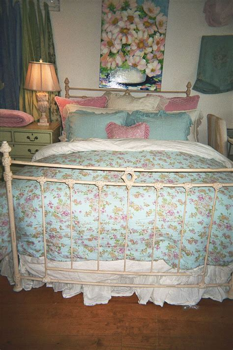 shabby chic country furniture 130 best images about shabby country cottage furniture etc on pinterest