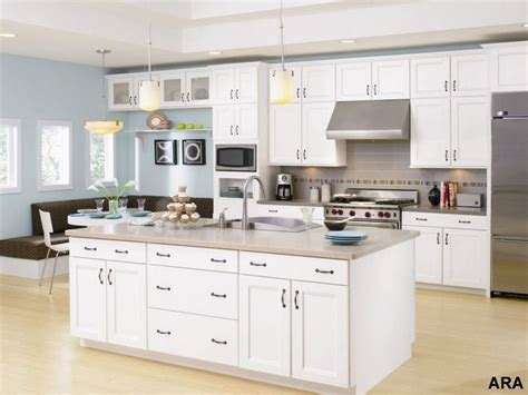 Trendy Kitchen Cabinet Colors by Kitchen Color Trends And Tips For 2008 The Blade