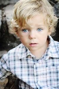 Frisur Kleinkind Junge : blonde curls and baby blues futurelittle frisur kleinkind frisur kleinkind junge ~ Frokenaadalensverden.com Haus und Dekorationen