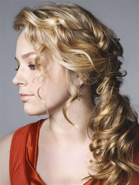 loose prom hairstyles