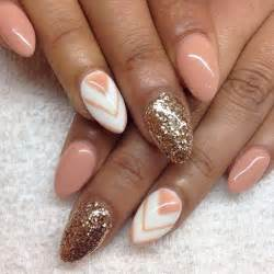 Almond nails nailssss