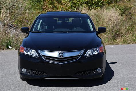 2013 Acura Ilx Reviews by 2013 Acura Ilx Tech Review Editor S Review Car Reviews