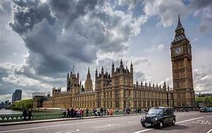 UK Brexit Secretary Submits Article 50 Bill to Parliament ...