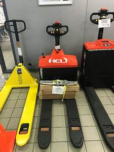 Manual And Electric Pallet Jacks For Sale