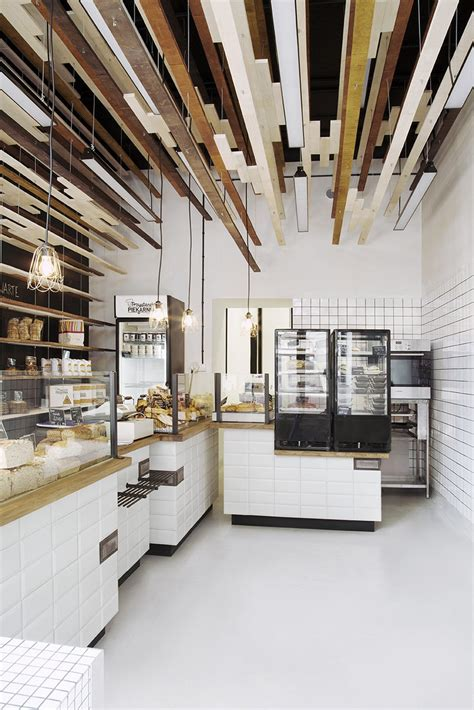 inviting bakery design  warsaw exhibiting  eye