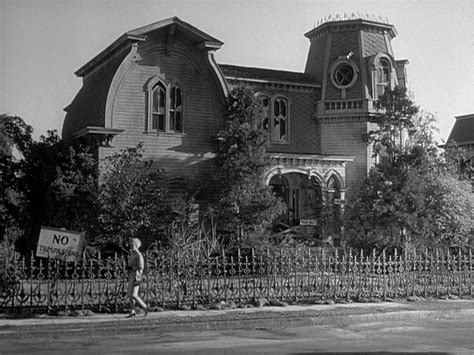 munsters house quot leave it to beaver quot on universal city s quot colonial