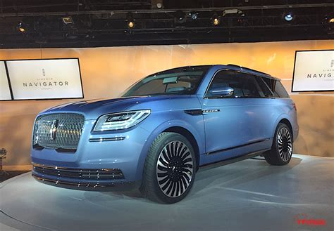 Lincoln Doors Lincoln Navigator Concept Steals The