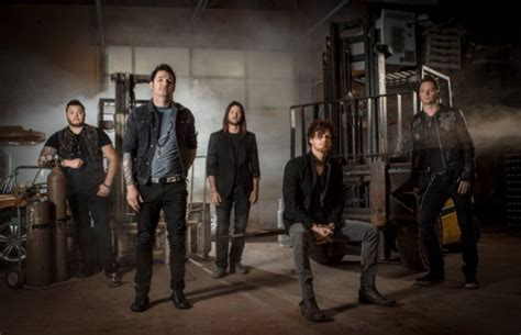 Hinder To Release 'the Reign' Album In August