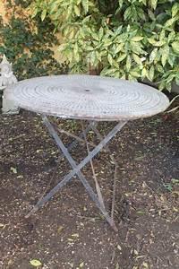 Puce De Jardin : table de jardin ronde pliante en m tal puces d 39 oc brocante en ligne ~ Nature-et-papiers.com Idées de Décoration