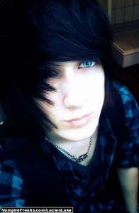 Emo Boy Black Hair Blue Eyes Tumblr Pinterest To