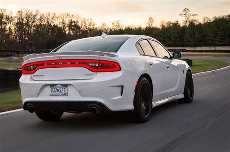 2018 Dodge Charger Srt Hellcat First Test Motor Trend