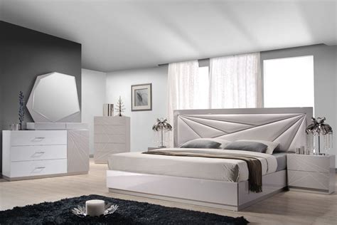 florence white light grey lacquer platform bedroom set