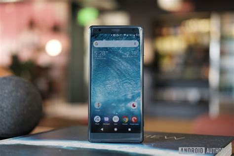 sony xperia xz2 review a buzz android authority