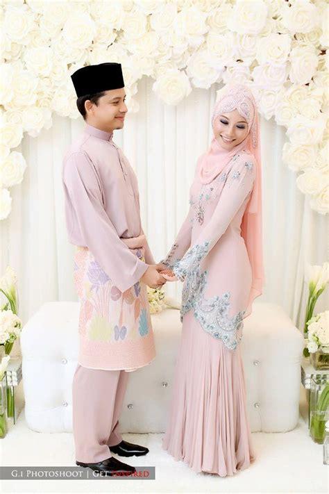 til cantik dengan baju pengantin muslim terbaru