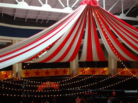 Circus Decoration Ideas For Carnivals  Currymantra Gic