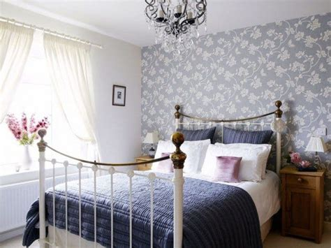 creating  cozy country style bedroom wearefound home design
