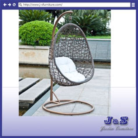 china single seat hanging swing for outdoor garden rattan